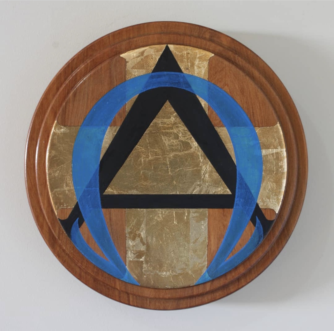 'AO#1' Duane Moyle, Oil and gold leaf on timber serve ware $390 (210mm diameter)